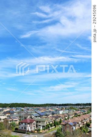 青空の新築住宅の風景 29245096