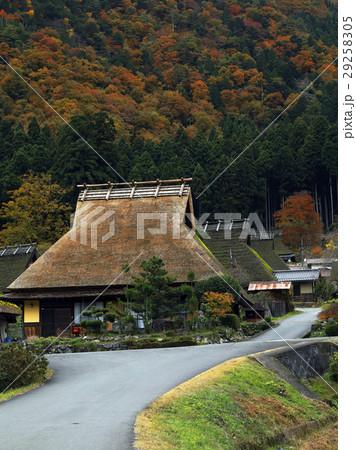 11月 美山町「かやぶきの里」 京都の原風景  29258305