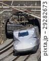 トンネルを抜ける東海道新幹線 29282673