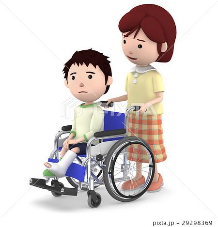 車いすに座るギブスの男の子と介助するお母さん 29298369