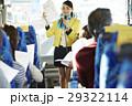 女性 バスツアー バスガイドの写真 29322114