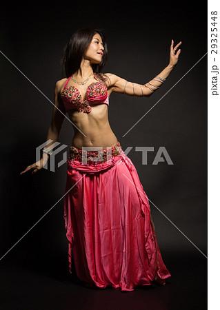 ベリーダンス・アラフォー女性 29325448