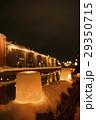 冬 雪あかりの路 夜景の写真 29350715