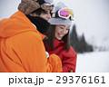 スキー場 カップル 29376161