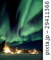 オーロラ イエローナイフ 雪原の写真 29411366