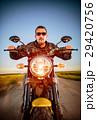 バイカー バイク 人の写真 29420756