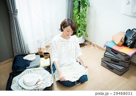 旅行 準備 女性 29468031