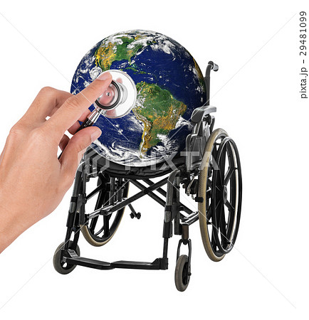 Globe in wheelchair with stethoscope representingの写真素材 [29481099] - PIXTA