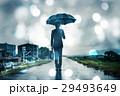 ビジネスマン 傘 雨の写真 29493649