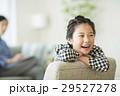 女の子 子供 笑顔の写真 29527278