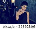 モード ドレス ビューティー ドレッシー 女性 スキンケア ビューティ 若い女性 美容 29592306