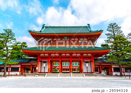 京都 平安神宮の応天門 29594319