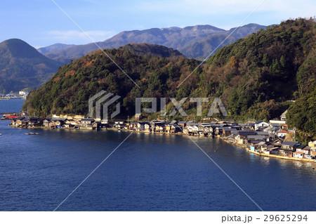 12月 伊根舟屋-漁村の伝統的家並み- 29625294