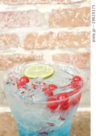 Blue cocktailの写真素材 [29629175] - PIXTA