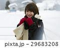 冬 女性 1人の写真 29683208