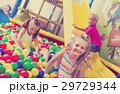 女の子 女児 女子の写真 29729344