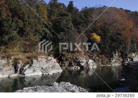 紅葉の長瀞渓谷 29736260