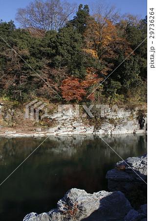 紅葉の長瀞渓谷 29736264