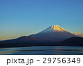 夕暮れの富士山 29756349