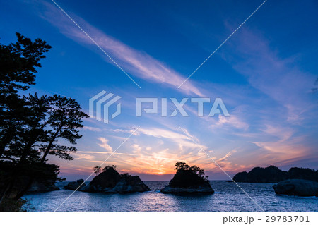 《静岡県》伊豆・堂ヶ島の夕暮れ 29783701