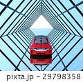 左右対称のガラス張りトンネルにある赤色の自動運転車 29798358