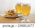 ビールとフレンチフライ 29861077