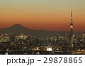 東京都市風景 夕焼け トワイライトの富士山と東京スカイツリーと都心全景  29878865