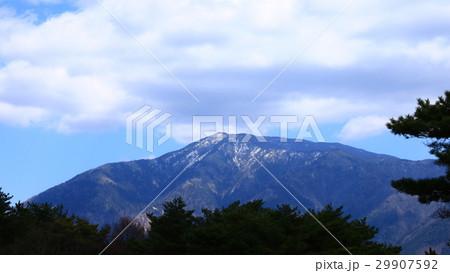 根の上高原から恵那山と雲 29907592