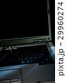 ノートパソコンと眼鏡 29960274