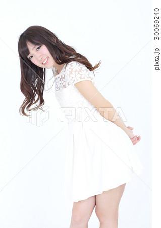若い女性 ファッション ポートレート 30069240