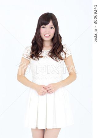 若い女性 ファッション ポートレート 30069241