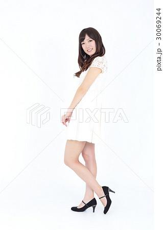若い女性 ファッション ポートレート 30069244