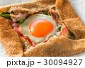 そば粉のクレープ ガレット  galette French food 30094927