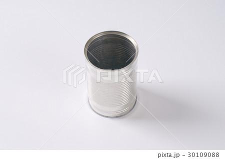empty silver canの写真素材 [30109088] - PIXTA