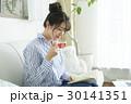 女性のライフスタイル 30141351