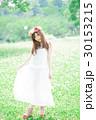 女性 花冠 ワンピースの写真 30153215