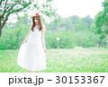 女性 花冠 ワンピースの写真 30153367