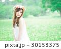 女性 花冠 ワンピースの写真 30153375