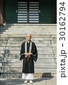 お坊さん 寺 人物の写真 30162794