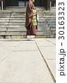 寺 寺院 人物の写真 30163323