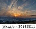 若草山 奈良市 夕暮れの写真 30186811