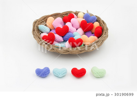 Yarn hearts in the basket.の写真素材 [30190699] - PIXTA