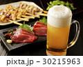 ビール 生ビール 刺身の写真 30215963
