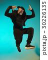 ダンサー 男 ブレークダンスの写真 30226135