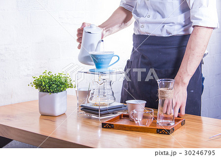 making coffeeの写真素材 [30246795] - PIXTA
