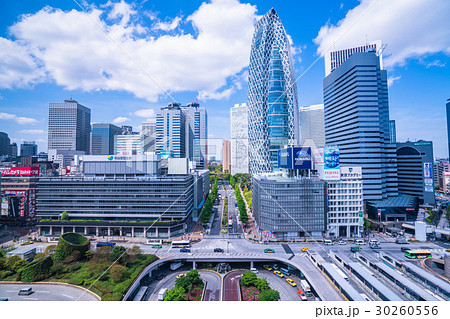 《東京都》新宿西口駅前・オフィス街 30260556
