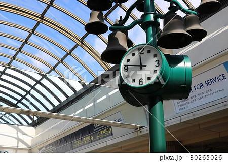 西宮北口の時計台 30265026