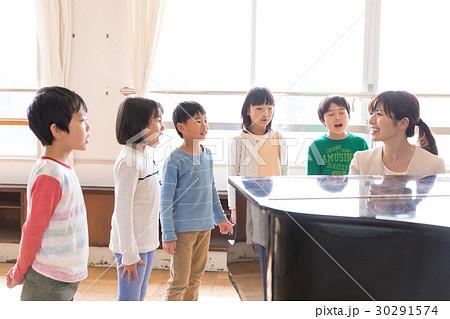 小学生 音楽  30291574