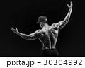 ボディービルダー アスリート 筋肉の写真 30304992