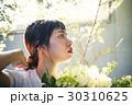 花 女性ポートレート イノセント 30310625